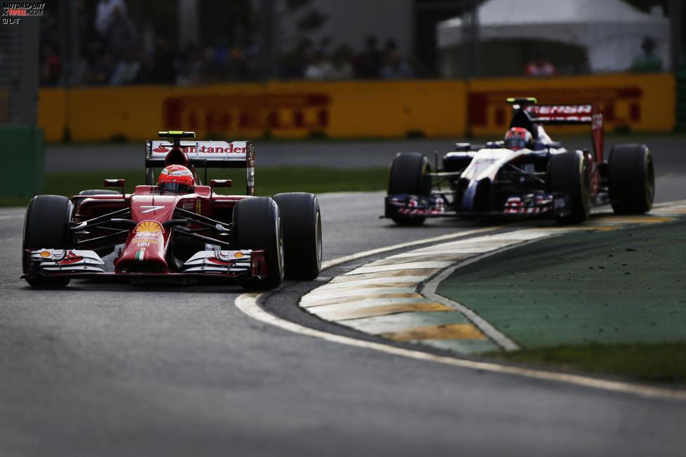 Kimi Räikkönen (Ferrari) und Daniil Kwjat (Toro Rosso)