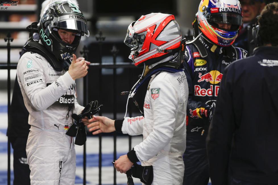 Nico Rosberg (Mercedes) und Kevin Magnussen (McLaren)