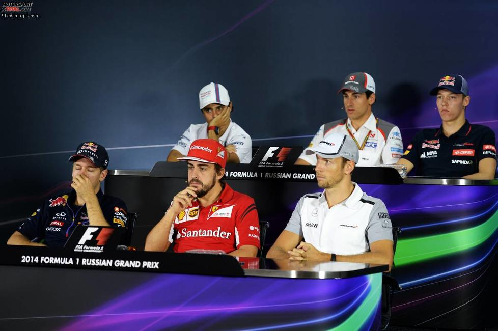 Felipe Massa (Williams), Adrian Sutil (Sauber), Daniil Kwjat (Toro Rosso), Sebastian Vettel (Red Bull), Fernando Alonso (Ferrari) und Jenson Button (McLaren)
