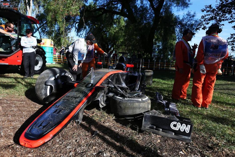 Das kaputte Auto von Kevin Magnussen