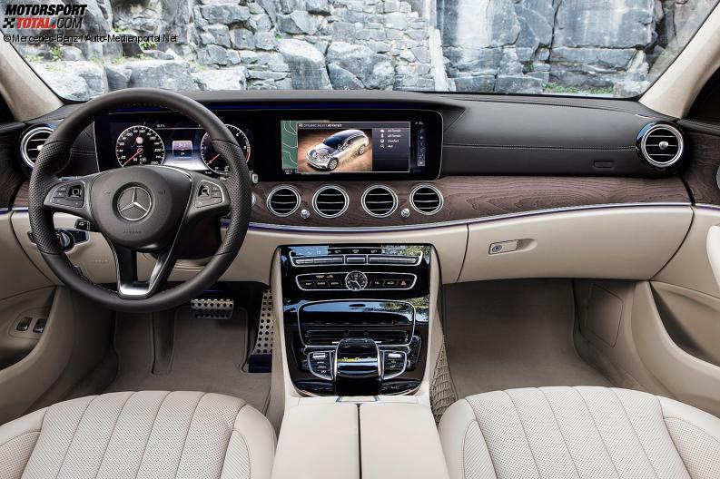 Auto cockpit mercedes  Cockpit des Mercedes E-Klasse T-Modell 2017 All Terrain - Mercedes ...
