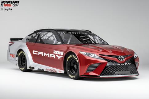 Der neue Toyota Camry soll auch 2017 wieder eine Menge Siege einfahren.