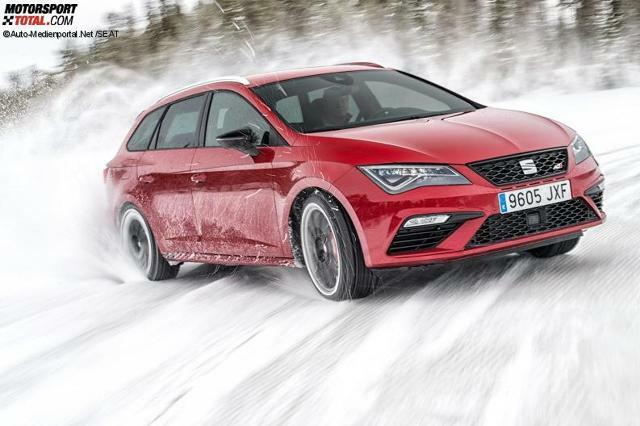 seat leon cupra 2017 allrad test mit 300 ps on the rocks. Black Bedroom Furniture Sets. Home Design Ideas