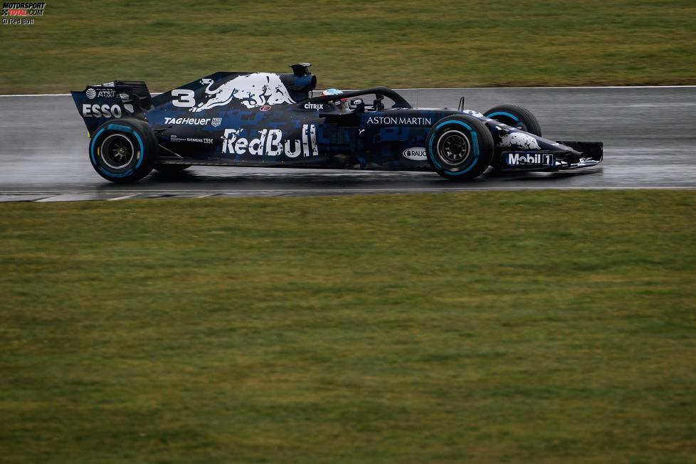 Daniel Ricciardo (Red Bull) testet den RB14