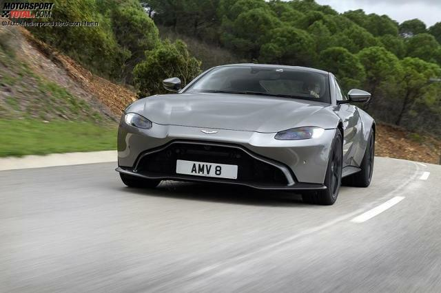 Aston Martin Vantage 2018 Bilder Infos Zu Preis Sound V8