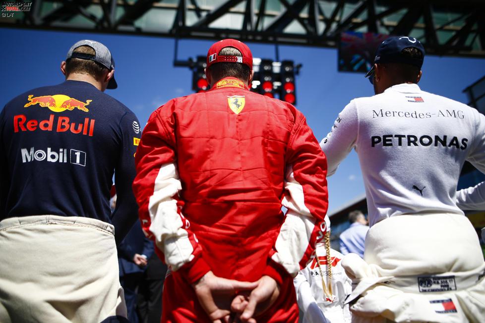 Max Verstappen (Red Bull), Kimi Räikkönen (Ferrari) und Lewis Hamilton (Mercedes)