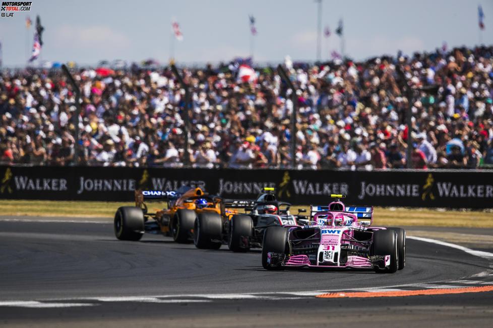 Esteban Ocon (Force India), Kevin Magnussen (Haas) und Fernando Alonso (McLaren)