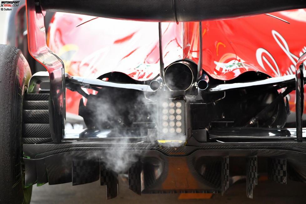 alter Auspuff von Ferrari