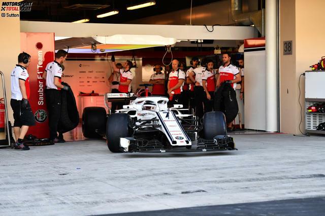 After 17 years, Kimi Raikkonen returned to the Sauber team.