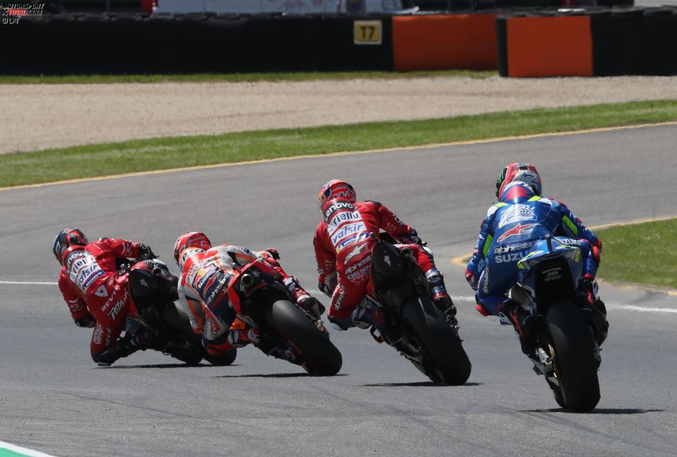 Danilo Petrucci (Ducati) und Marc Marquez (Honda)