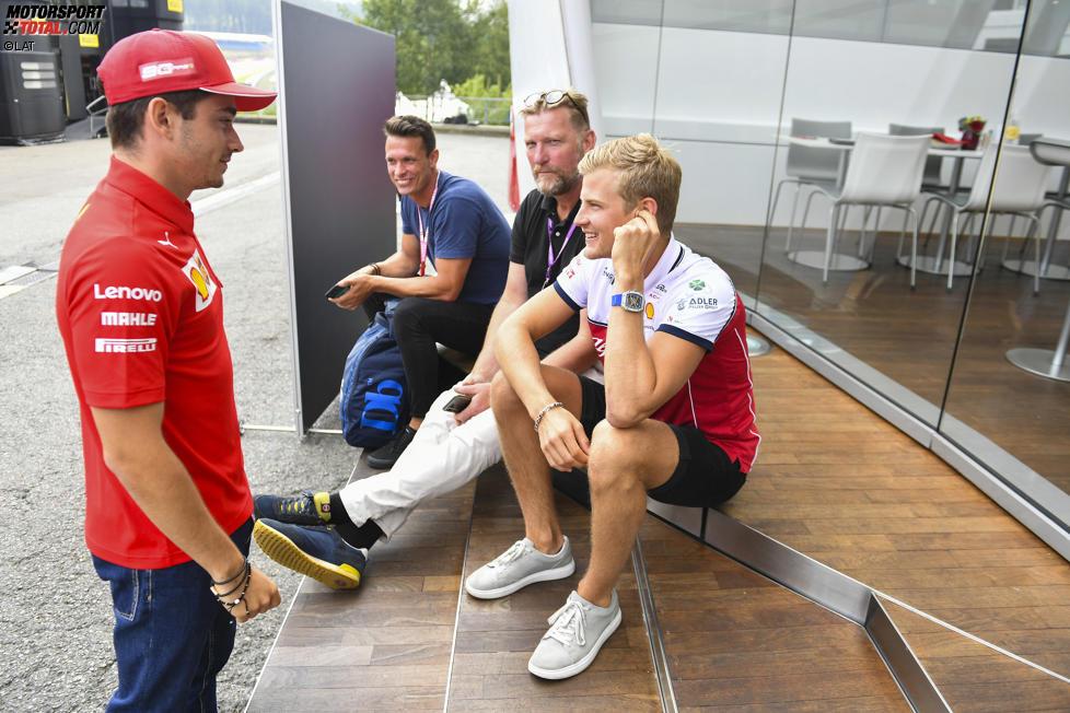 Marcus Ericsson und Charles Leclerc (Ferrari)