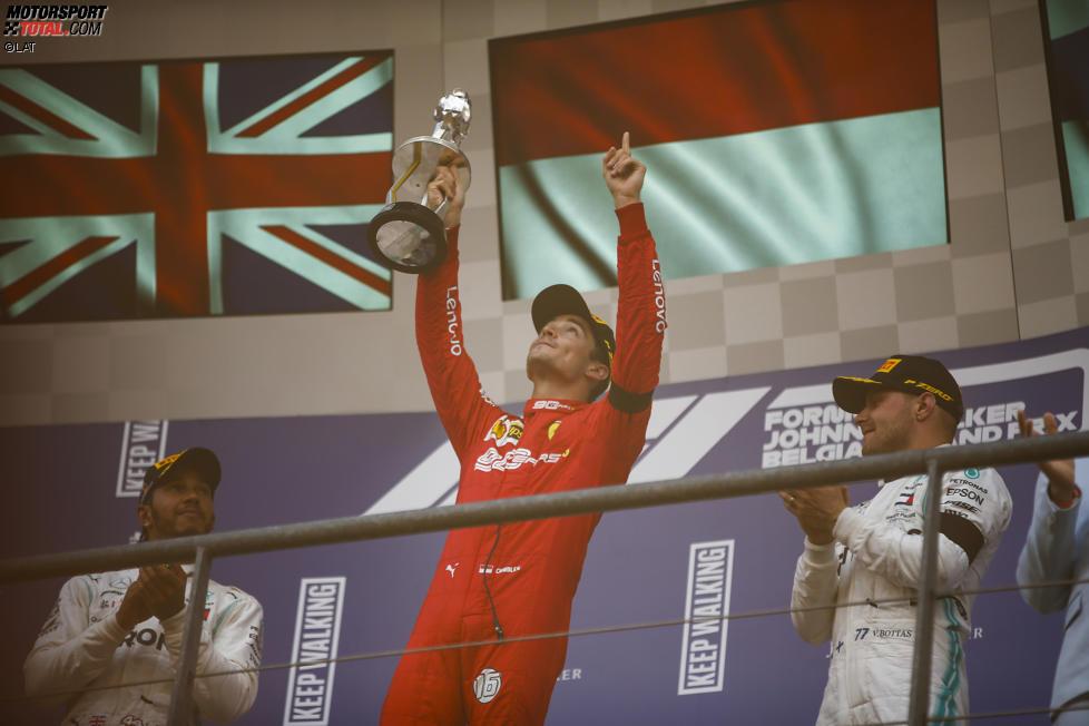 Charles Leclerc (Ferrari), Lewis Hamilton (Mercedes) und Valtteri Bottas (Mercedes)