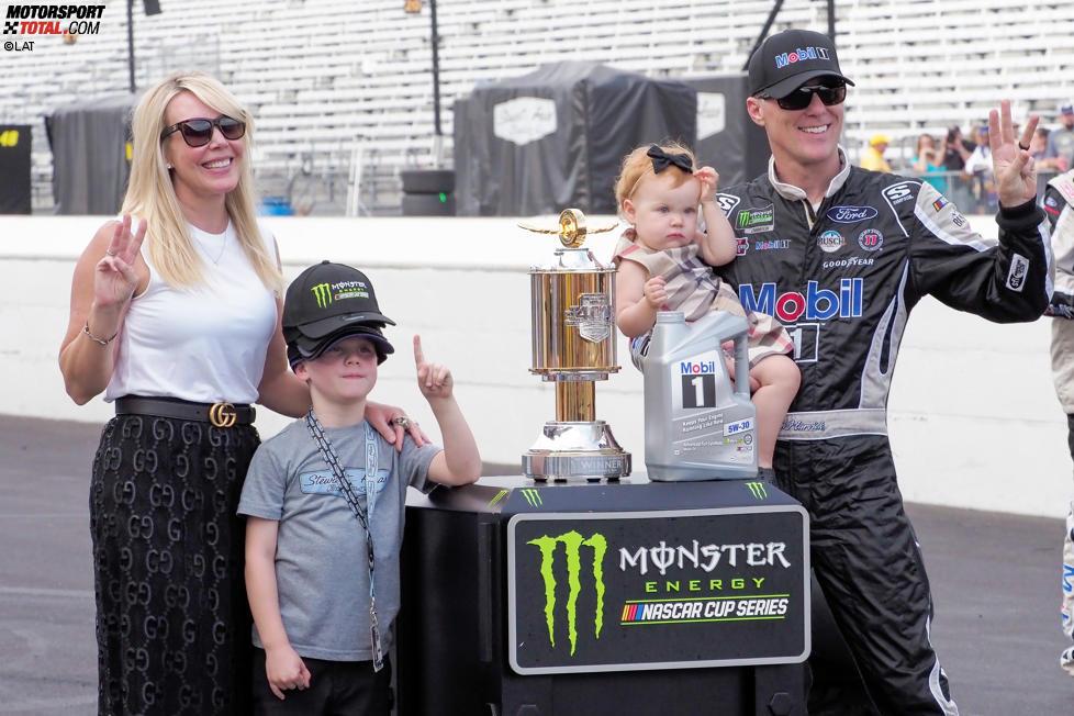 Kevin Harvick (Stewart-Haas) mit Ehefrau DeLana, Sohn Keelan und Tochter Piper