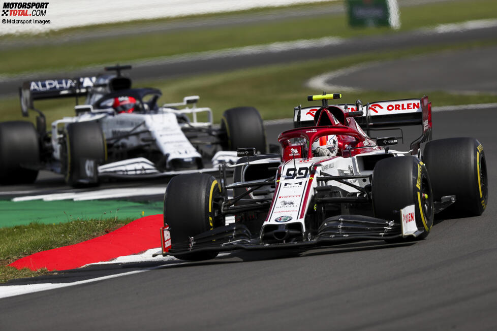 Antonio Giovinazzi (Alfa Romeo) und Daniil Kwjat (AlphaTauri)