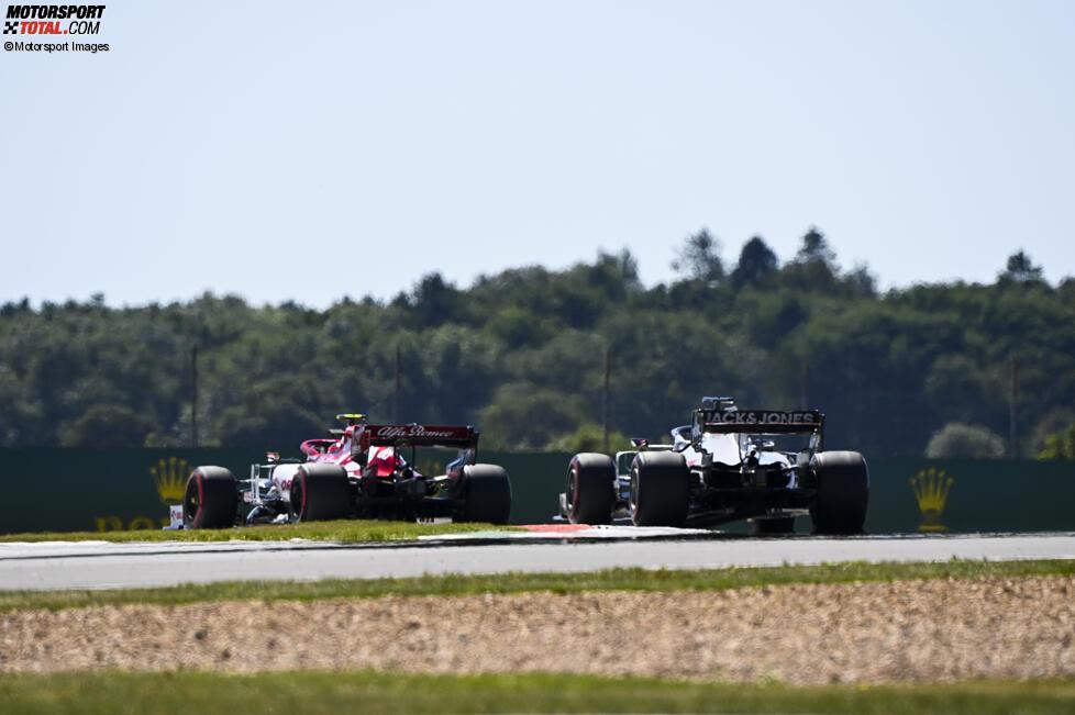Robert Kubica und Romain Grosjean (Haas)