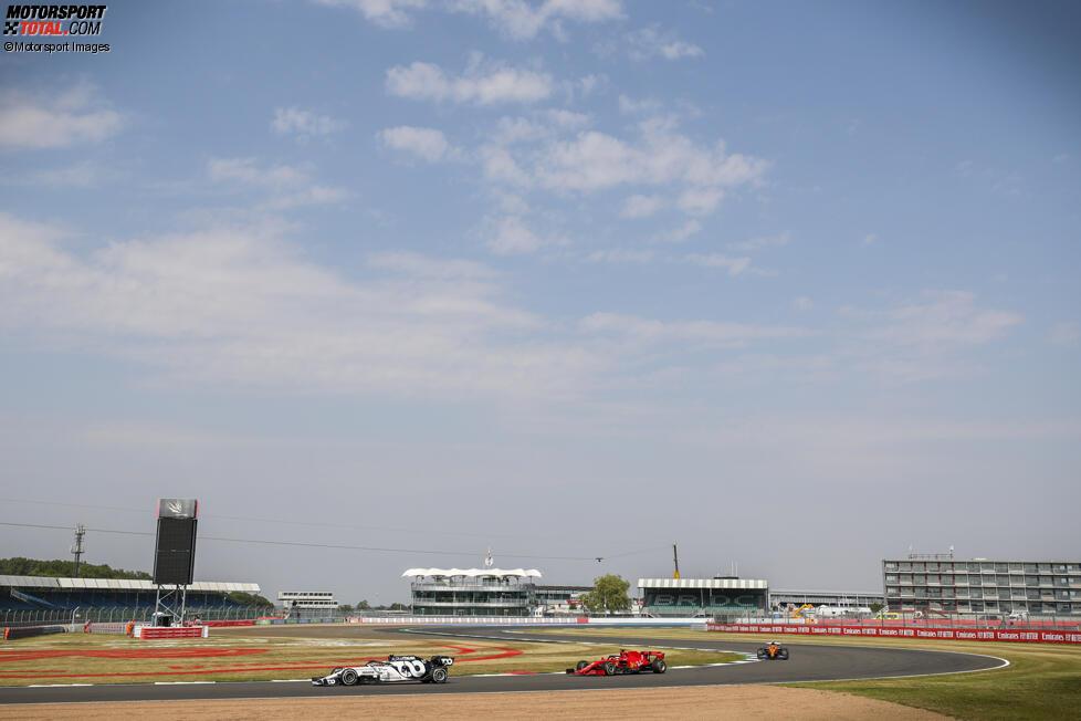 Pierre Gasly (AlphaTauri), Sebastian Vettel (Ferrari) und Carlos Sainz (McLaren)