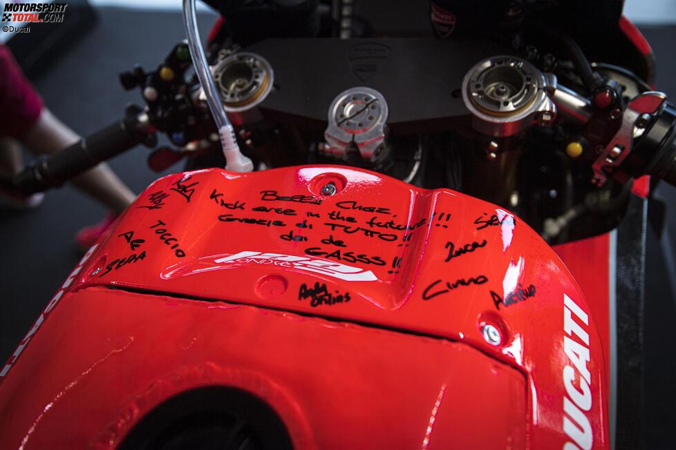 Botschaften auf Chaz Davies' Ducati