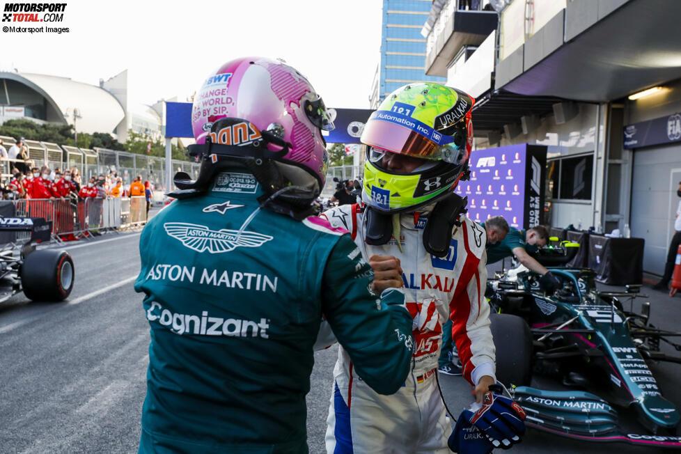 Mick Schumacher (Haas) und Sebastian Vettel (Aston Martin)