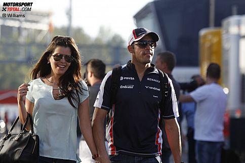 Gute Laune bei der Ankunft im Fahrerlager am Donnerstag in Barcelona: Pastor Maldonado und seine Freundin Gabriella Tarkany (die davon träumt, mit den anderen Formel-1-Frauen einen Popsong aufzunehmen) scheinen bester Laune zu sein.