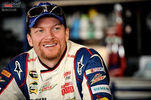 """Dale Earnhardt Jr. ist der unangefochtene Pulikumsliebling der NASCAR. """"Junior"""" ist derjenige, der die Earnhardt-Tradition weiterführt, vor allem in den Südstaaten stehen die Massen nach wie vor hinter ihm."""