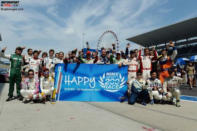 Das Starterfeld der WTCC beim 200. Jubiläumsrennen in Suzuka 2013. Wer 2014 in der Meisterschaft am Start ist und bei welchem Team, steht teilweise bereits fest. In unserer Fotostrecke bieten wir einen aktuellen Überblick über das WTCC-Fahrerkarussell zur neuen Saison.