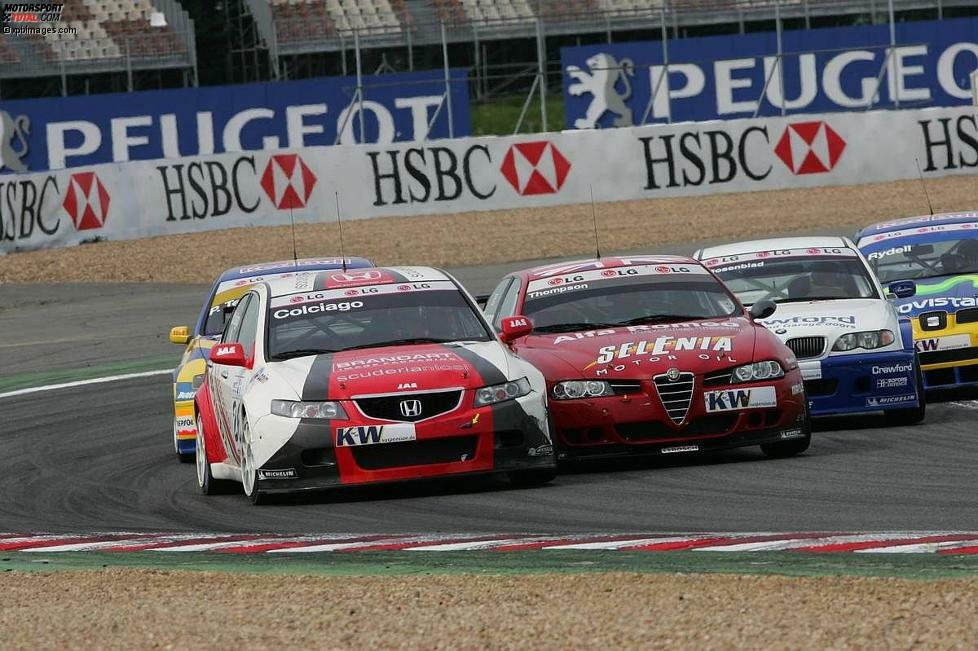 2005: In der WTCC-Debütsaison ist auch Honda mit von der Partie. Vertreten durch das italienische JAS-Team, das übrigens auch den Honda-Werkseinsatz ab 2013 koordiniert, fahren neben Roberto Colgiago noch weitere Privatiers für die japanische Marke. Das Fahrzeug der Wahl ist der Honda Accord Euro R.