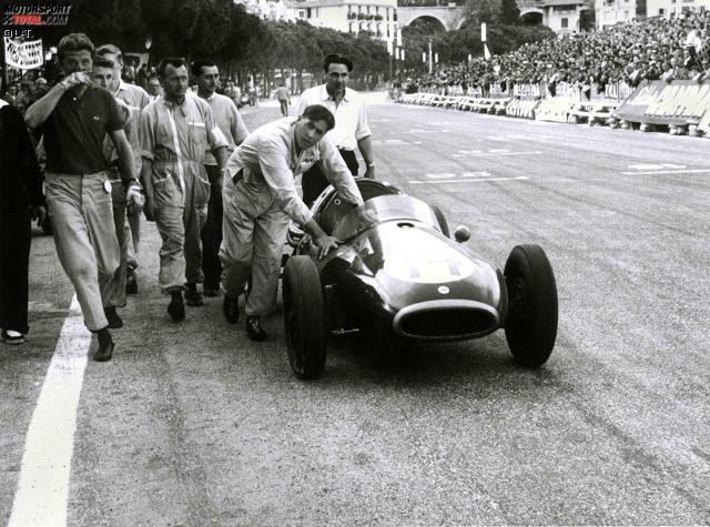 Kurios wird es 1957: Jack Brabham, erstmals im neu konzipierten Cooper T43 unterwegs, muss sein Auto über die Ziellinie schieben, da ihm der Treibstoff ausgeht. Brabham wird noch als Sechster gewertet. Den Sieg schnappt sich Juan Manuel Fangio.