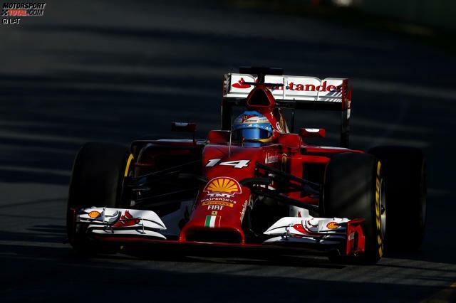 Wer hätte das gedacht? Das erste Ausrufezeichen der Saison 2014 setzt Ferrari-Pilot Fernando Alonso. Der Spanier brennt im ersten Freien Training die beste Zeit in den Asphalt und distanziert die Konkurrenz um über eine halbe Sekunde. Die Favoriten von Mercedes hinken noch hinter her, vor allem...