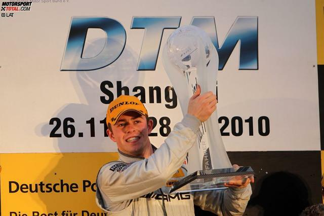 DTM. Formel 1. Und wieder DTM. Das ist der Karriere-Verlauf von Paul di Resta. Doch der Schotte ist nicht der einzige Rennfahrer, der nach einem Ausflug in der Königsklasse wieder zurückkehrte. Erfahren Sie in dieser Fotostrecke, wer zunächst Rennen in der DTM absolvierte, dann in die Formel 1 wechselte und schließlich erneut in der DTM fuhr!