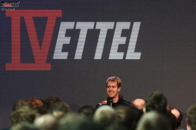 1 und 5 - Sebastian Vettel wird 2014 mit der 1 auf dem Auto fahren, die er natürlich als Privileg für seinen Weltmeistertitel in der vergangenen Saison erhält. Sollte der Heppenheimer einmal nicht amtierender Weltmeister sein, so hat er sich Nummer 5 gesichert,