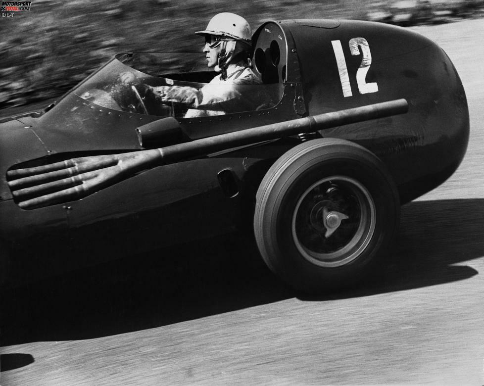 Im Jahr 1958 stirbt der von Ecclestone betreute Stuart Lewis-Evans an den Folgen einer Explosion seines Motors beim Rennen in Marokko. Der Brite wendet sich von der Formel 1 ab und hat zwölf Jahre lang keine offizielle Funktion mehr, ehe er als Manager Jochen Rindts zurückkehrt.