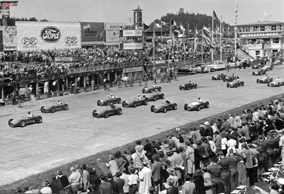 Der 1907 in Oschersleben geborene Ernst Loof war als Ingenieur, Gelegenheitsrennfahrer und Unternehmer schon früh in den Motorsport involviert. In der Formel 1 versuchte er sich einmalig beim Rennen auf dem Nürburgring 1953. Mit defekter Benzinpumpe kam er allerdings nicht von seinem Startplatz weg.