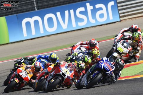 Die User von 'Motorsport-Total.com' haben entschieden: Auf den folgenden Seiten präsentieren wir die fünf Absteiger und die fünf Aufsteiger der MotoGP-Saison 2015.