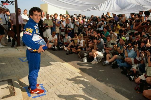 #10: Alain Prost (1993). 1992 ist Alain Prost zu einem Sabbatjahr gezwungen, weil er sich wie mit so vielen Arbeitgebern auch mit Ferrari überwirft. Er unterschreibt für 1993 bei Williams, wo auch sein Erzrivale Ayrton Senna gehandelt wird. Prost lässt sich vertraglich zusichern, dass es nicht zur Neuauflage der verhängnisvollen McLaren-Paarung kommt und sorgt so dafür, dass der Brasilianer eines der legendärsten Interviews der Formel-1-Geschichte gibt: