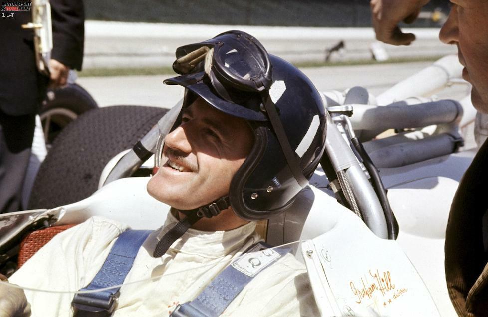 Graham Hill: Die zweite große Liebe des Briten neben dem Motorsport war das Rudern. Vor seiner Formel-1-Karriere gewann Hill für den London Rowing Club mehrere große Regatten und verewigte die Vereinsfarben sowie das Design des Logos auf seinem Helm. Übrigens: Die Grundfarbe ist nicht Schwarz, sondern Dunkelblau.