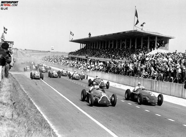 #9 Alfa Romeo 1950-1951 (Pole-Position-Quote 67 Prozent): In den ersten beiden Saisons der Formel 1 waren der Alfa Romeo 158 und sein Nachfolger 159 das Maß der Dinge. 1950 wurde Giuseppe Farina mit dem italienischen Wagen erster Weltmeister der Formel 1, in Jahr darauf gewann Juan Manuel Fangio den ersten seiner fünf WM-Titel mit Alfa Romeo.
