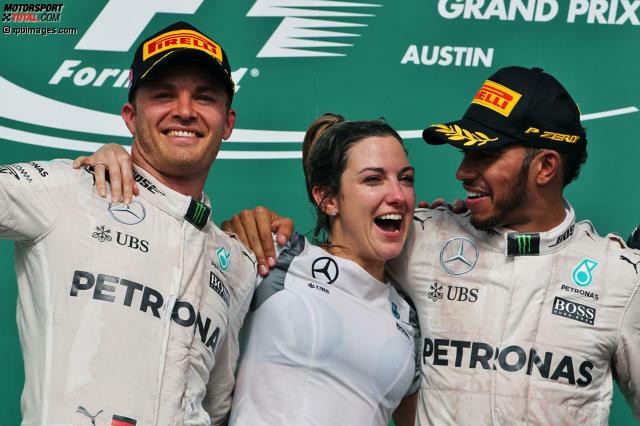 Lewis Hamilton hat zwar den Großen Preis der USA gewonnen, doch Nico Rosberg ist seinem ersten Titel mit Rang zwei wieder näher gekommen. Der Deutsche hat weiterhin alles in seiner eigenen Hand, doch sicher fühlen kann er sich nicht, wie ein Blick in die Geschichte zeigt. Spektakuläre Aufholjagden gab es nämlich schon viele...