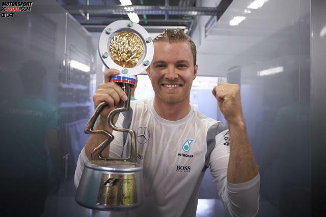 Unaufhaltsam: Nico Rosberg gewinnt in Sotschi sein siebtes Formel-1-Rennen hintereinander. Das haben vor ihm nur Ascari, Schumacher und Vettel geschafft. Und noch niemand, der die ersten vier Saison-Grands-Prix gewonnen hat, wurde später nicht Weltmeister. Aber: