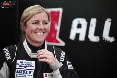 Platz 10: Sabine Schmitz - Die schnelle Dame aus der Eifel wiederholt bei ihrem Gaststart auf der Nürburgring-Nordschleife das Kunststück aus dem Vorjahr und fährt erneut in die Punkteränge. Gut gemacht, Sabinchen!