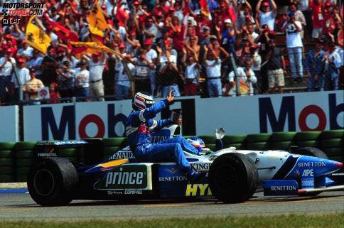 Deutschland-Grand-Prix 1996: Gerhard Berger ist im Benetton die Saison über nicht vom Glück verfolgt, als in Hockenheim ein kleines Wunder greifbar ist. Der Österreicher führt knapp vor Damon Hill. Es sind noch drei Runden zu fahren, doch sein Renault-Motor verabschiedet sich in einer riesigen Rauchwolke.