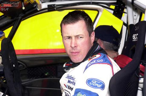Am 15. September 2007 verunglückt Colin McRae bei einem Hubschrauberabsturz in der Nähe seines Hauses in Schottland tödlich. Den Rallye-Fans bleibt er aufgrund seines spektakulären Stils für immer in Erinnerung.