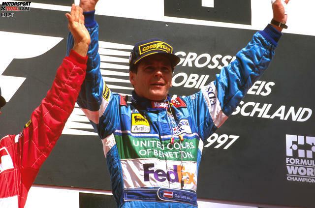 Es war einer der denkwürdigsten Siege der Geschichte: Gerhard Berger holt in Hockenheim gegen alle Widerstände seinen zehnten und letzten Grand-Prix-Erfolg - nur wenige Tage nach dem tödlichen Flugzeugabsturz seines Vaters. Außerdem hatte er drei Rennen wegen einer Kieferhöhlenentzündung verpasst. Die Formel-1-Welt sprach längst von...