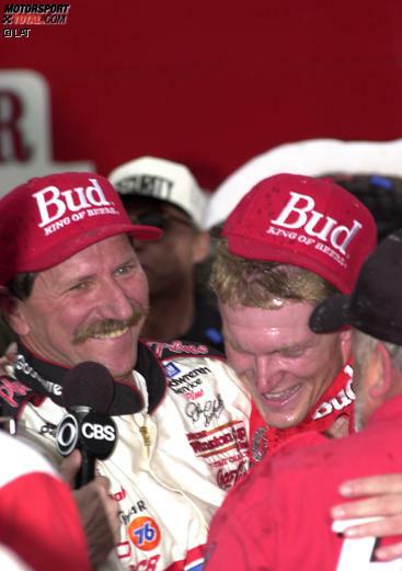 1 - Erster Sieg in der damaligen Busch-Serie im Jahre 1998; erster Sieg im damaligen Winston-Cup 2000 auf dem Texas Motor Speedway