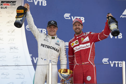 """""""Hat 'ne Weile gedauert, huh?"""" Im 81. Grand Prix seiner Karriere feiert Valtteri Bottas seinen ersten Sieg in der Formel 1. Landsmann Mika Häkkinen hat 96 Anläufe gebraucht - und wurde danach zweimal Weltmeister. Sebastian Vettel, knapp geschlagen, gratuliert neidlos: """"Valtteri war der Mann des Rennens!"""""""