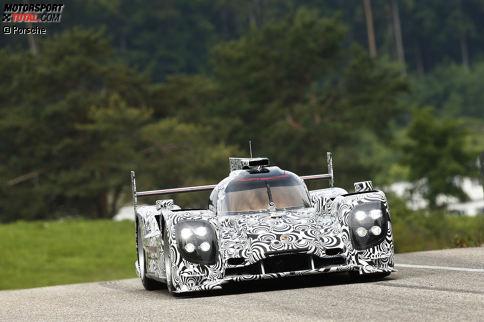 1: Den allerersten Funktionstest mit dem Ur-919 fuhr Porsche-Werksfahrer Timo Bernhard am 12. Juni 2013 auf dem Prüfgelände in Weissach. Gut zwei Jahre später wurde er mit dem weiterentwickelten Le-Mans-Prototypen Langstrecken-Weltmeister.