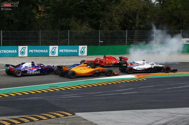 Für Sebastian Vettel begann der Italien-GP 2018 denkbar schlecht. Schon in der ersten Runde kollidierte der Ferrari-Pilot mit WM-Rivale Lewis Hamilton.