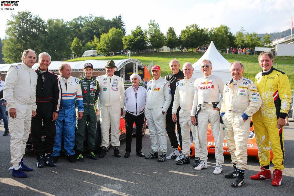Bei der Legendenparade im Rahmen des Formel-1-Grand-Prix auf dem Red-Bull-Ring waren zahlreiche Motorsport-Idole mit von der Partie. Niki Lauda, Gerhard Berger und Co. waren in historischen Fahrzeugen aus der Deutschen Rennsport-Meisterschaft unterwegs.