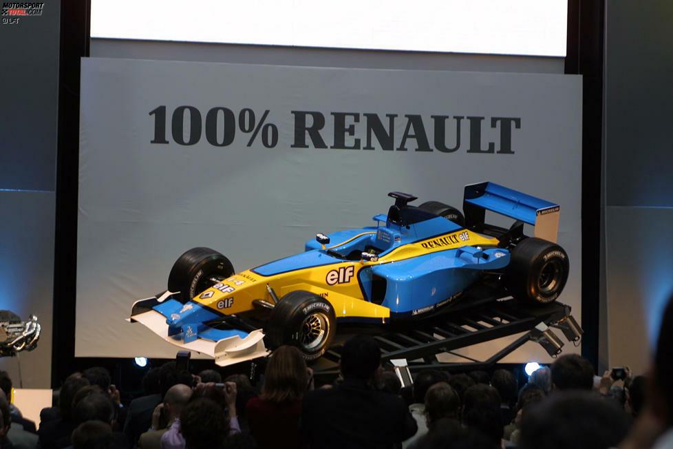 2002: Die werksseitige Rückkehr nach 19 Jahren der Formel-1-Abstinenz zelebrierte Renault standesgemäß in Paris - musste dafür jedoch die Sponsorenaufkleber der Tabakmarke Mild Seven von dem R202 entfernen. Sie bestimmte auch den hellblauen Lack.