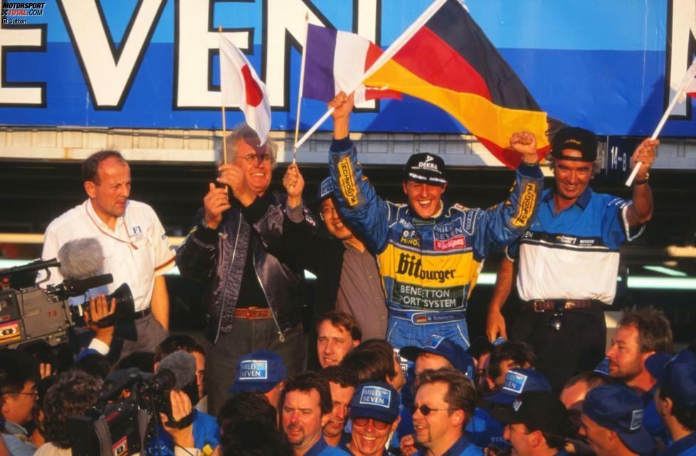 Mit dem Sieg beim Pazifik-Grand-Prix 1995 in Aida machte Benetton-Fahrer Michael Schumacher seinen zweiten WM-Titelgewinn perfekt. Wir erinnern mit Fotohöhepunkten an den denkwürdigen 22. Oktober 1995!
