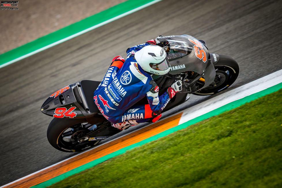 Jonas Folgers Comeback: Der Deutsche hat seine Testarbeit für Yamaha am Dienstag und Mittwoch offiziell aufgenommen. Für ihn ging es in erster Linie darum, sich wieder an den Speed auf einem MotoGP-Bike zu gewöhnen. Obwohl er am Mittwoch einmal stürzte, war der Rückkehrer anschließend glücklich.